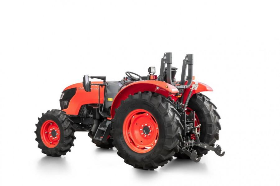 Tractor  M4063 ROPS, Kubota