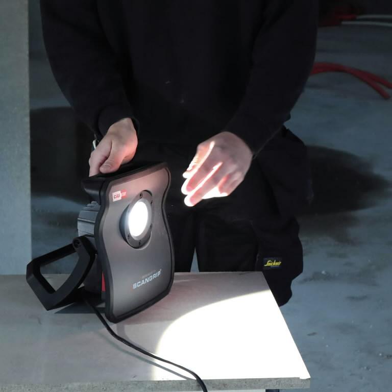 Aku-töövalgusti NOVA 4 CAS karkass, IP65, BT, 4000lm, Scangrip