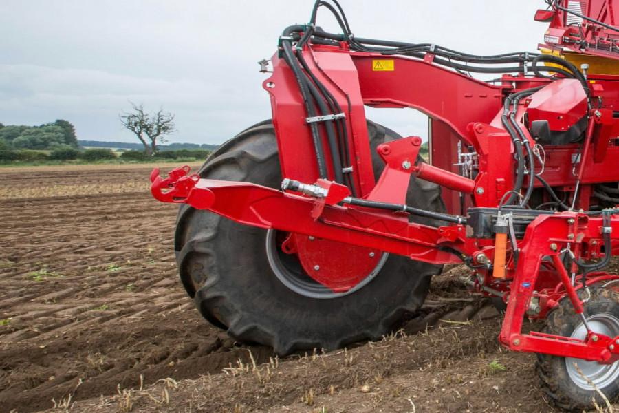 Self-propelled harvester  Varitron 270 MS Platinum, Grimme