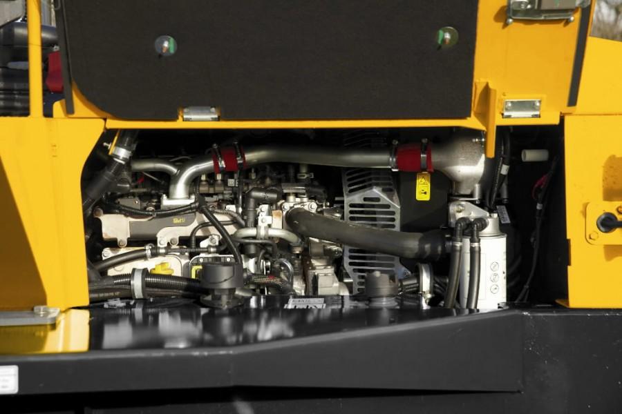 SIte Dumper engine bay