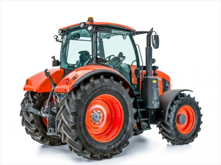 Tractor  M7172, Kubota