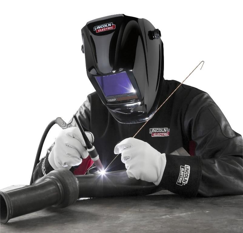 Auto Darkening Welding Helmet Viking 3350 Black Din 5 13 Lincoln Electric Auto Darkening Welding Masks