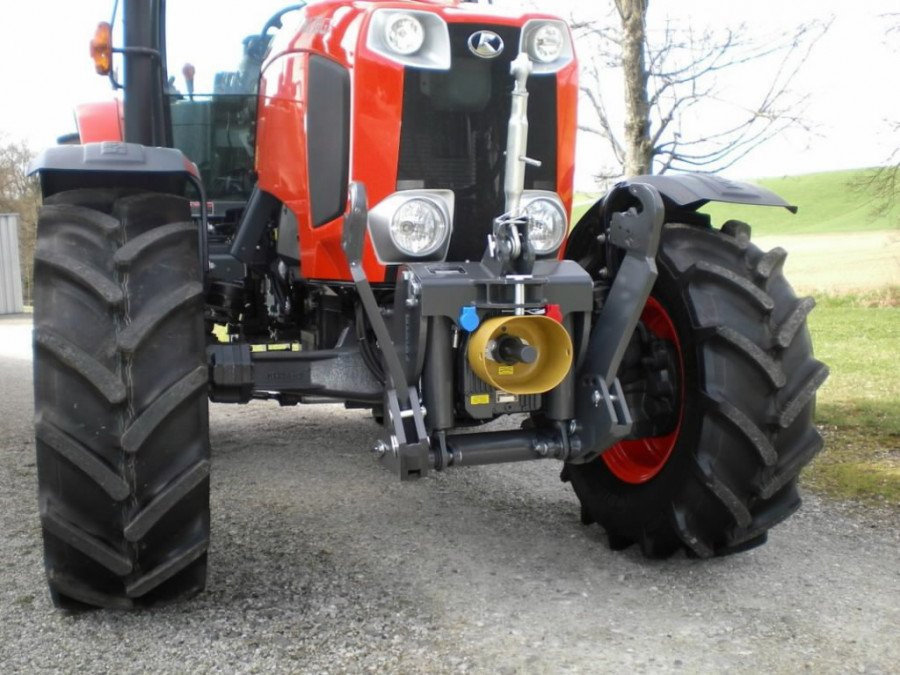 Front hitch 4000 and PTO 1000 p/min for M135GX, Kubota