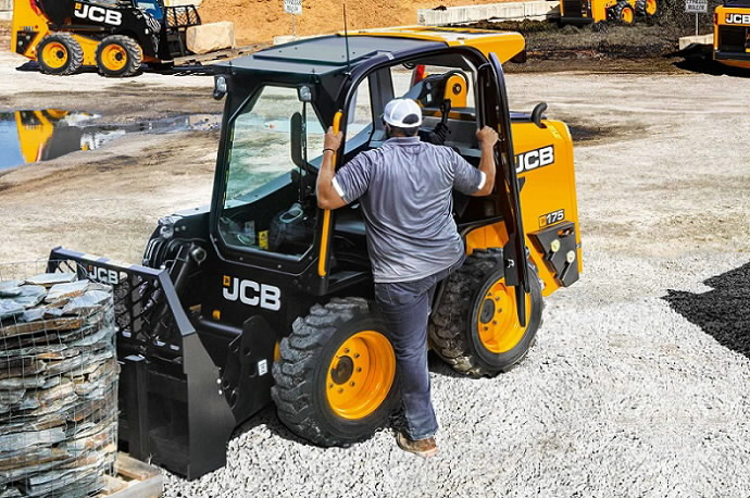 jcb-powerboom-210-02
