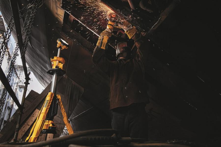 LED töökohavalgusti, 3000 lm, karkass pappkarbis, DeWalt
