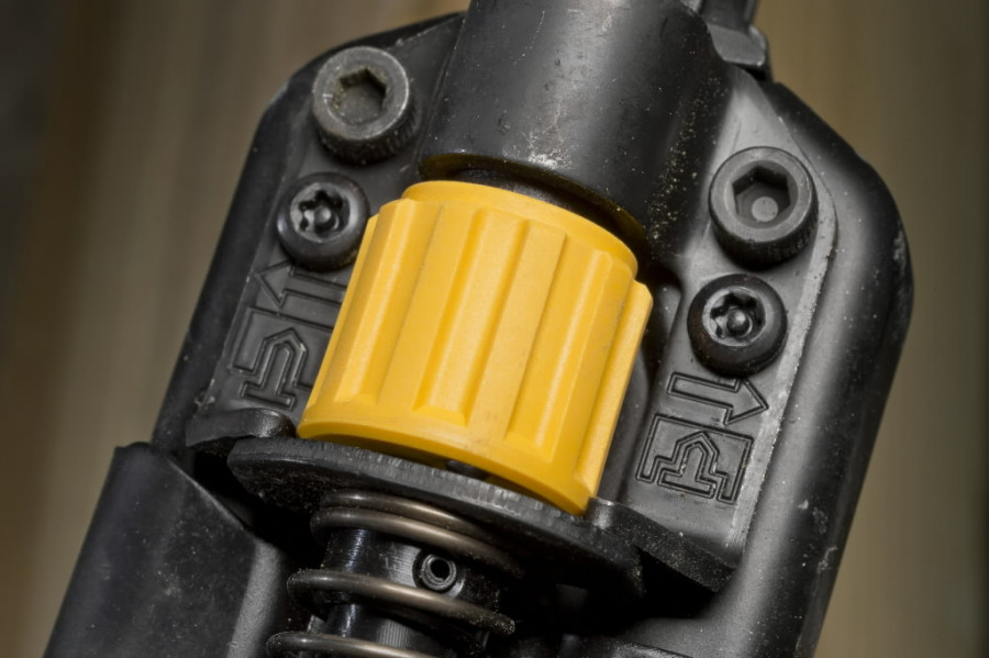 Aku ankrunaelutaja DCN693N, 40-60 mm, karkass pappkarbis, DeWalt