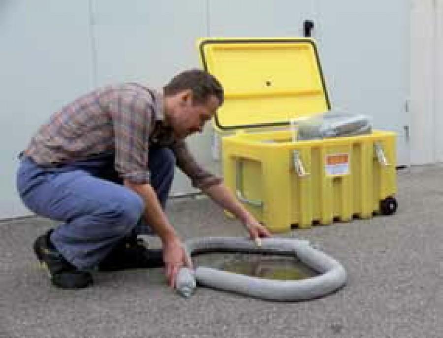 Cemsorb trolley– absorbente sisaldav tööriistakast ratastel, Cemo