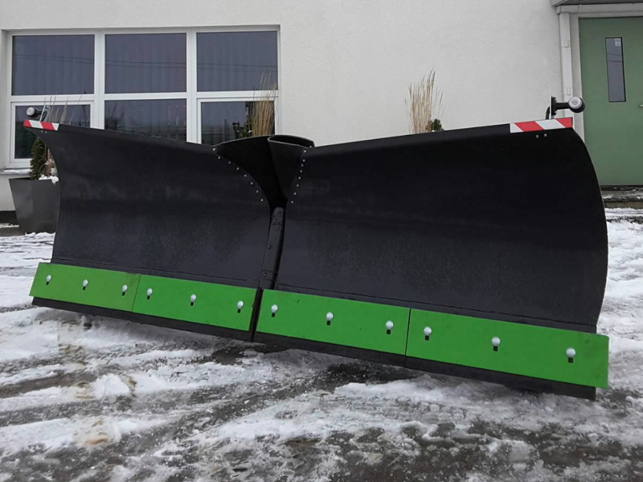Snow blade PMC VPL2300, Kubota