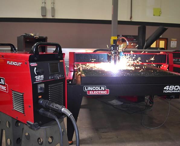 Plasma Cutting Machine Torchmate 4800 Lincoln Electric