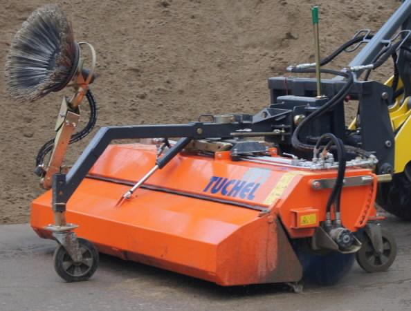 Road sweeper TUCHEL PLUS 590, 200/187cm, JCB