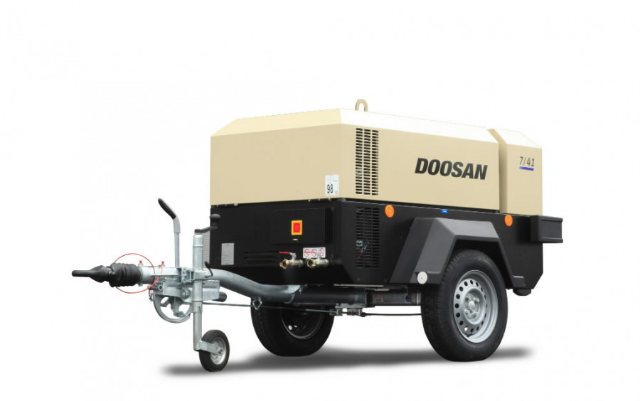 Mobilus kompresorius 4m3/min  7/41 (CE/WBB/IRB/L2), DOOSAN