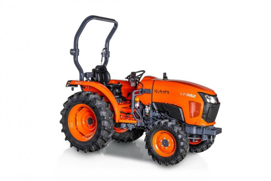 Traktors  L1-382 - HST, Kubota