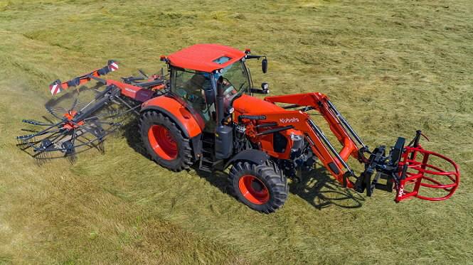 Traktors  M7133 Powershift ar MX frontālo iekrāvēju, Kubota