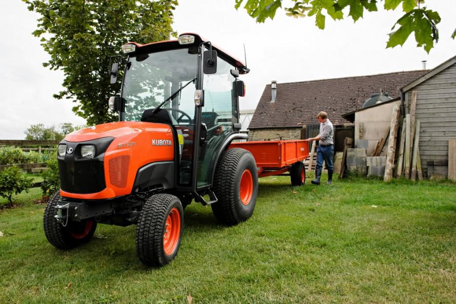 Traktorius  ST371, Kubota
