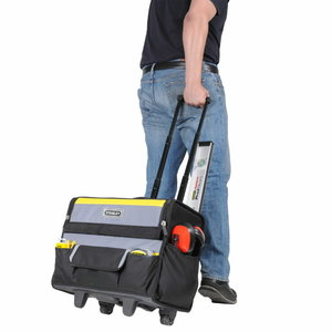 "520120, STANLEY 18"" SOFT BAG ON WHEELS, Stanley"