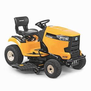 Mauriņa traktors Cub Cadet XT2 PS107