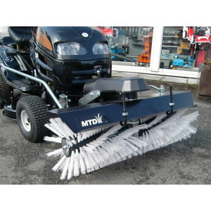 FRONT SWEEPER FAST ATTACH, MTD