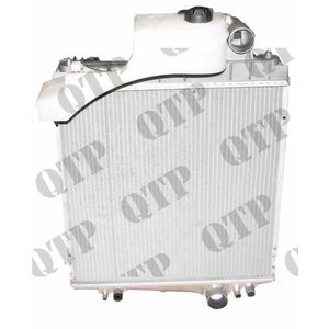 Radiaator John Deere 6 sil. 20 Seeria, Quality Tractor Parts Ltd