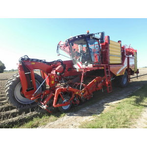 Self-propelled potato harvester  Varitron 270 MS Platinum, Grimme