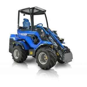 Universālais traktors Multione 8.4S, MultiOne