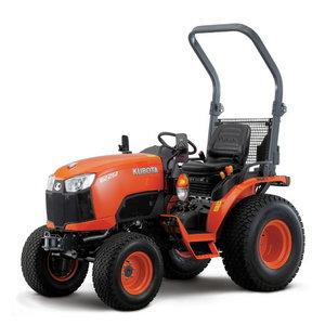 Traktorius Kubota B2231 ROPS HST