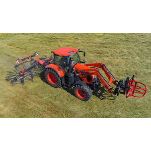 Traktors Kubota M7133 Powershift ar MX frontālo iekrāvēju