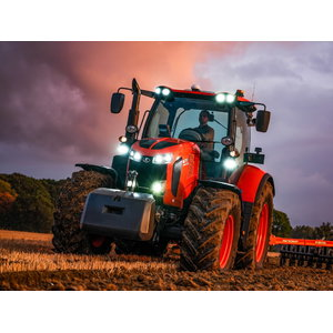Tractor  M7173 Powershift, Kubota