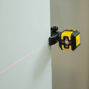 Cross laser CUBIX red with pouch and clamp, Stanley
