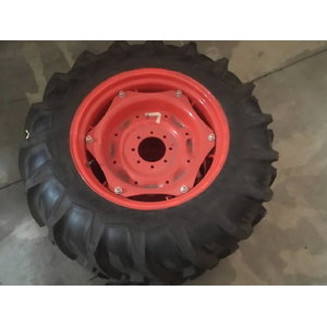 Rear Tyre AG+Wheel 13.6-28 L5040-5740, Kubota