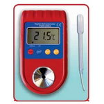 Digital refractometer for Ad Blue, Spin