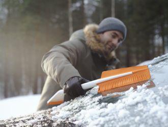 Jaunie Fiskars SnowXpert darbarīki