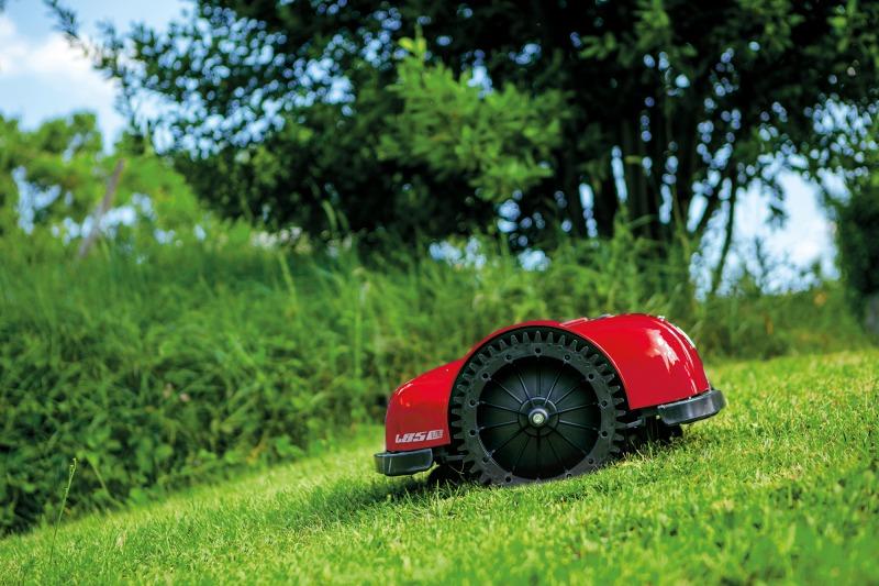 Paruoškite vejos robotą pavasariui!