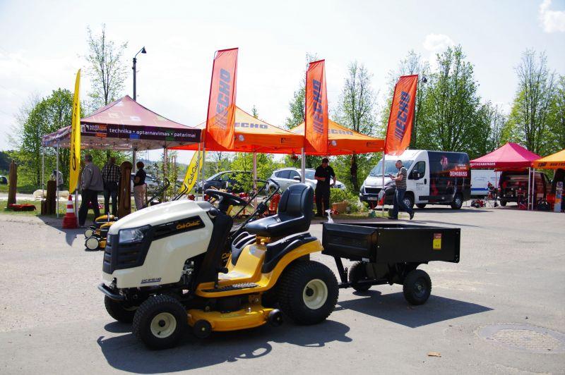 Utenoje vyksta profesionalių įrankių šventė Demo Diena