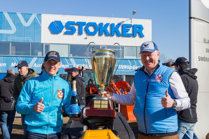 STOKKER un hokeja klubs KURBADS čempioni!