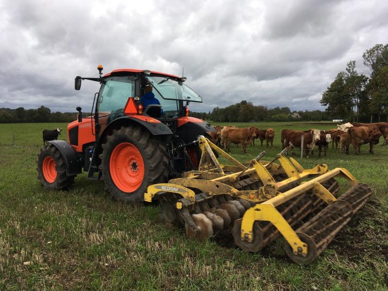 Saaremaal toimus Stokkeri põllumajandustehnika demopäev